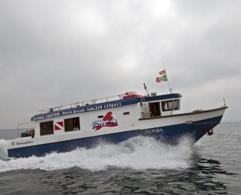 Abracadabra, la barca usata per i full day
